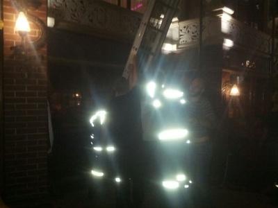У Чернівцях чоловік впав у 9-метрову яму у ресторані - медики ледь змогли витягнути його звідти
