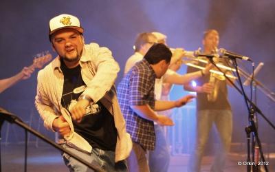 """Лідери гурту """"Гуцул Каліпсо"""" з Чернівців відповіли на запитання прихильників у прямому ефірі"""