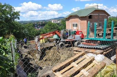 Власник скандального будівництва на Матросова у Чернівцях не отримав дозвіл на будівництво