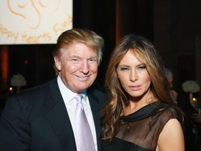 Американська газета опублікувала пікантні світлини оголеної дружини Трампа