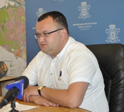 Мер Чернівців обіцяє покращити утилізацію сміття на Чорнівському сміттєзвалищі