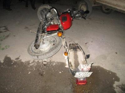 На Буковині мотоцикліст врізався в підводу: водій у важкому стані (ФОТО)