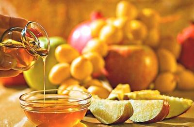 Під час Успенського посту можна їсти мед та фрукти