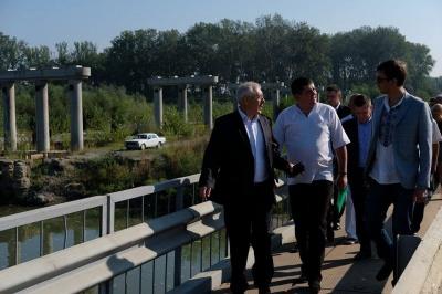 Міністр Омелян пообіцяв відновити міст через Прут