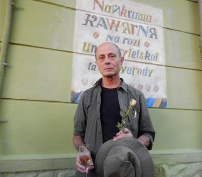 Чернівецький художник щоп`ятниці покаже чернівчанам по одній картині в різних куточках міста