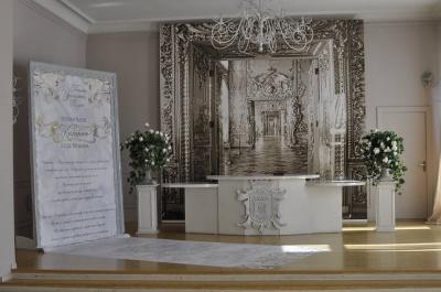 Палац урочистих подій у Чернівцях хоче, щоб у них реєстрували шлюби (ФОТО)