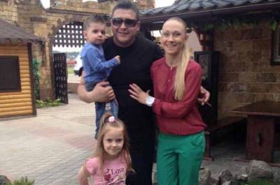 У Чернівцях зникла жінка з двома дітьми (ФОТО)