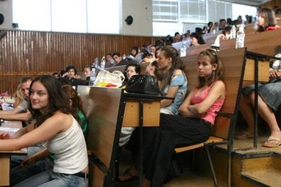 Міносвіти: Перехід на нову систему виплати стипендій відбудеться 1 січня