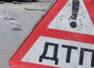 На Буковині військовий на авто врізався у стовп і збив 13-річну дівчинку