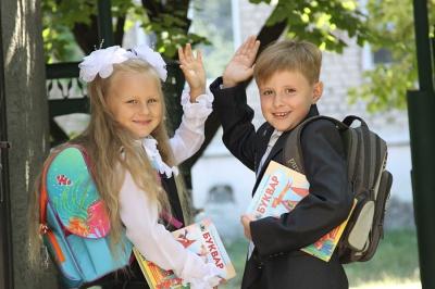 Оцінок і «домашок» для першачків на Буковині не буде