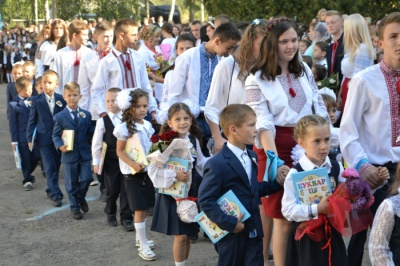 У сільській школі на Буковині – 147 першокласників