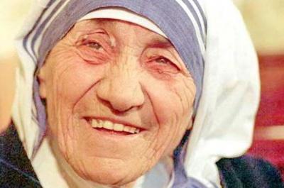 Папа Франциск канонізував мати Терезу