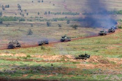 Росія розпочала акивну фазу військових навчань біля українського кордону