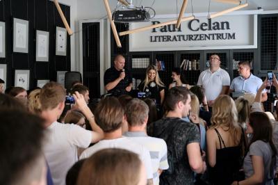 У Чернівцях відкрили оновлений Літературний целанівський центр (ФОТО)