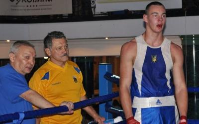 Буковинський боксер переміг у Торонто