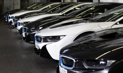 Чернівчани за елітні авто сплатили вже майже півмільйона податку