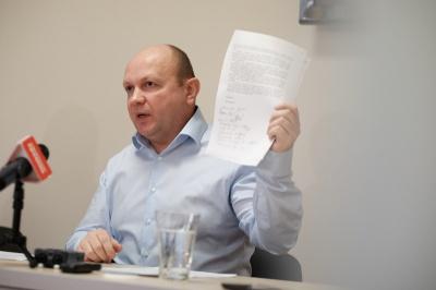 У Чернівецькій міськраді зібрали майже всі підписи на підтримку секретаря Продана, - нардеп