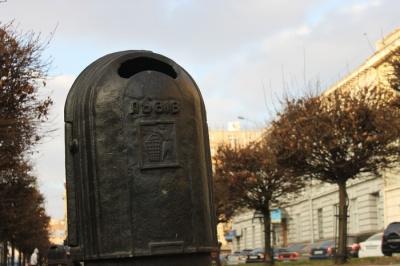 У центрі Чернівців встановлять антивандальні урни для сміття