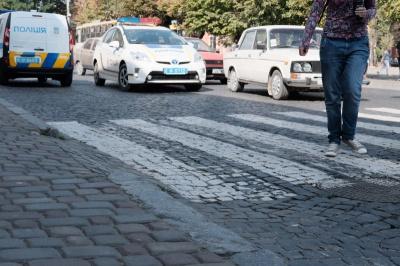 Майже щодня в Чернівцях трапляються ДТП за участі пішоходів - поліція