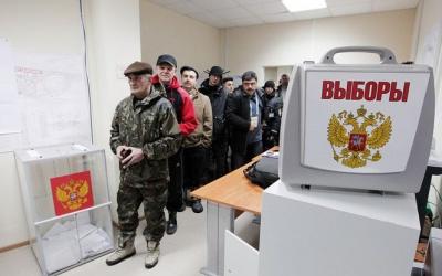 У Києві в посольстві РФ проголосувало понад 100 людей