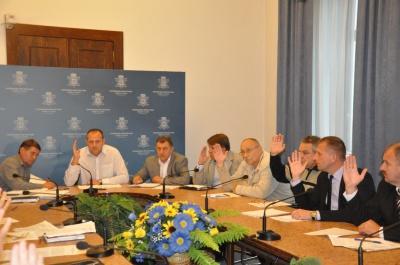 Конкурс перевізників у Чернівцях перенесли через суд