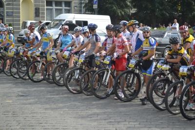 Буковинські велогонщики здобули медалі на чемпіонаті України