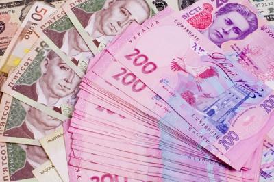 За рік у корупціонерів конфіскували лише 78 тисяч гривень із запланованих майже 8 мільярдів