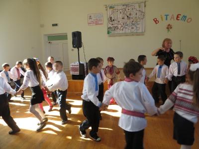 Школі на Буковині обіцяють понад півтора мільйона гривень