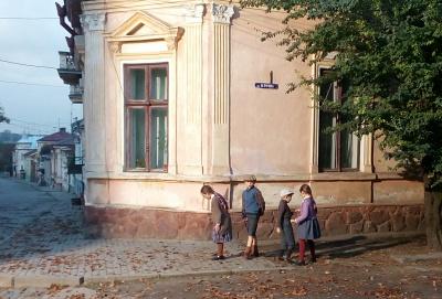 «Місто добре зберегло дух минулого»: кияни обрали Чернівці для зйомок фільму про голокост