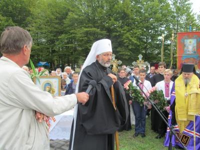 На Буковині вперше поспілкувалися владики Київського і Московського патріархатів