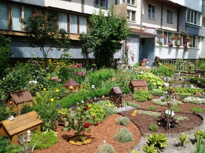 У Чернівцях нагородять кращі під'їзди, двори і будинки