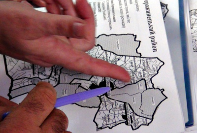 Сторожинець передумав і погодився об'єднуватися з 12 селами
