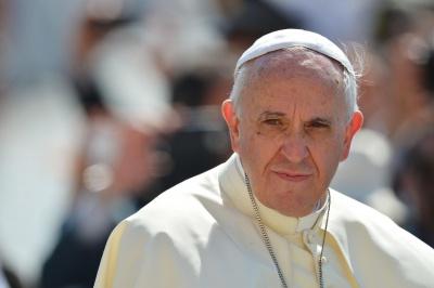 ЛГБТ слід поважати, але гендерна теорія в школах неприпустима, - папа Франциск