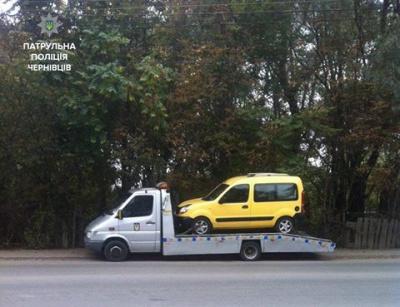 У Чернівцях нетверезий водій спричинив ДТП і втік