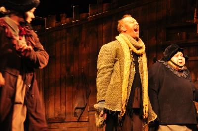 Акторам театру з Рівного публіка у Чернівцях аплодувала стоячи з вигуками