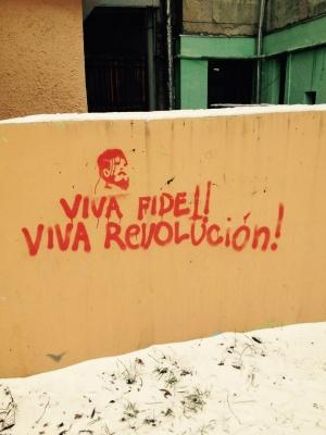 Viva Fidel - в Черновцах красные напомнили о своем существовании (ФОТО)