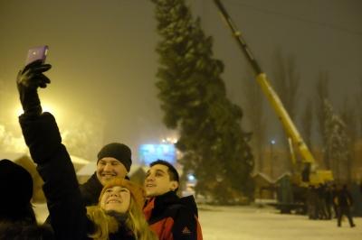 Стало відомо, коли у Чернівцях відкриють головну новорічну ялинку