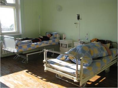 В районной больнице в Кицмане палаты переполнены больными ОРВИ