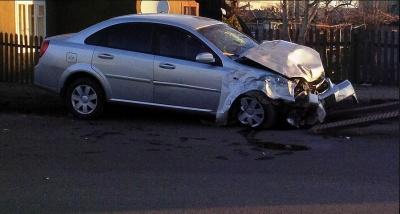 ДТП на Буковині у перший день року: винуватець утік з місця аварії (ФОТО)