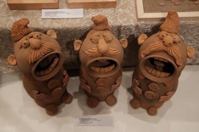 """В  """"Вернисаже"""" в Черновцах открыли областную выставку учеников художественных школ и школ искусств области(ФОТО)"""