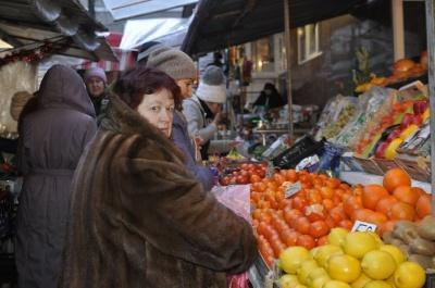 На ринках Чернівців перед святами подорожчали продукти (ФОТО)
