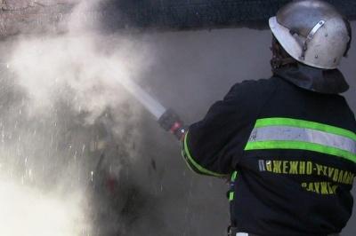 Два дома загорелись из-за неисправных печек на Буковине