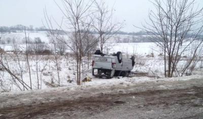 «Водій легковика раптово скерував праворуч»: у поліції Буковини розповіли деталі ДТП у Тарашанах