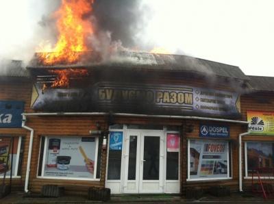 Пожежу поблизу АЗС на Буковині вже ліквідували