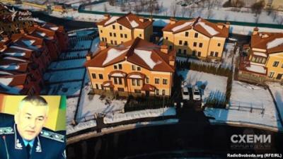 """Дорогие авто и загородные имения: как живут  """"новые"""" полицейские при зарплате в 20 000"""
