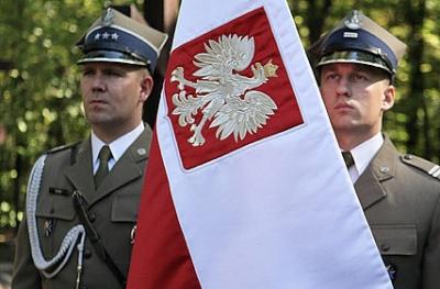 У Польщі генерали і офіцери масово йдуть з армії на знак протесту