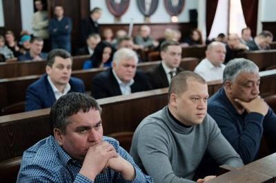 «Вам треба, ви й шукайте», - як депутати обговорювали питання присвоєння гімназії №6 у Чернівцях імені Олександр Доброго