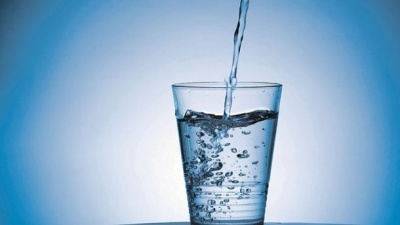 Чому не варто пити очищену воду