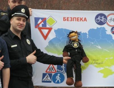 Чернівці прийняли естафету у флешмобі за безпеку дорожнього руху (ФОТО)