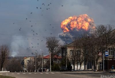Міноборони: Пожежу на артскладах у Балаклії ліквідували